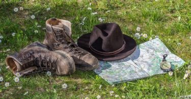 Hiking boots map hat